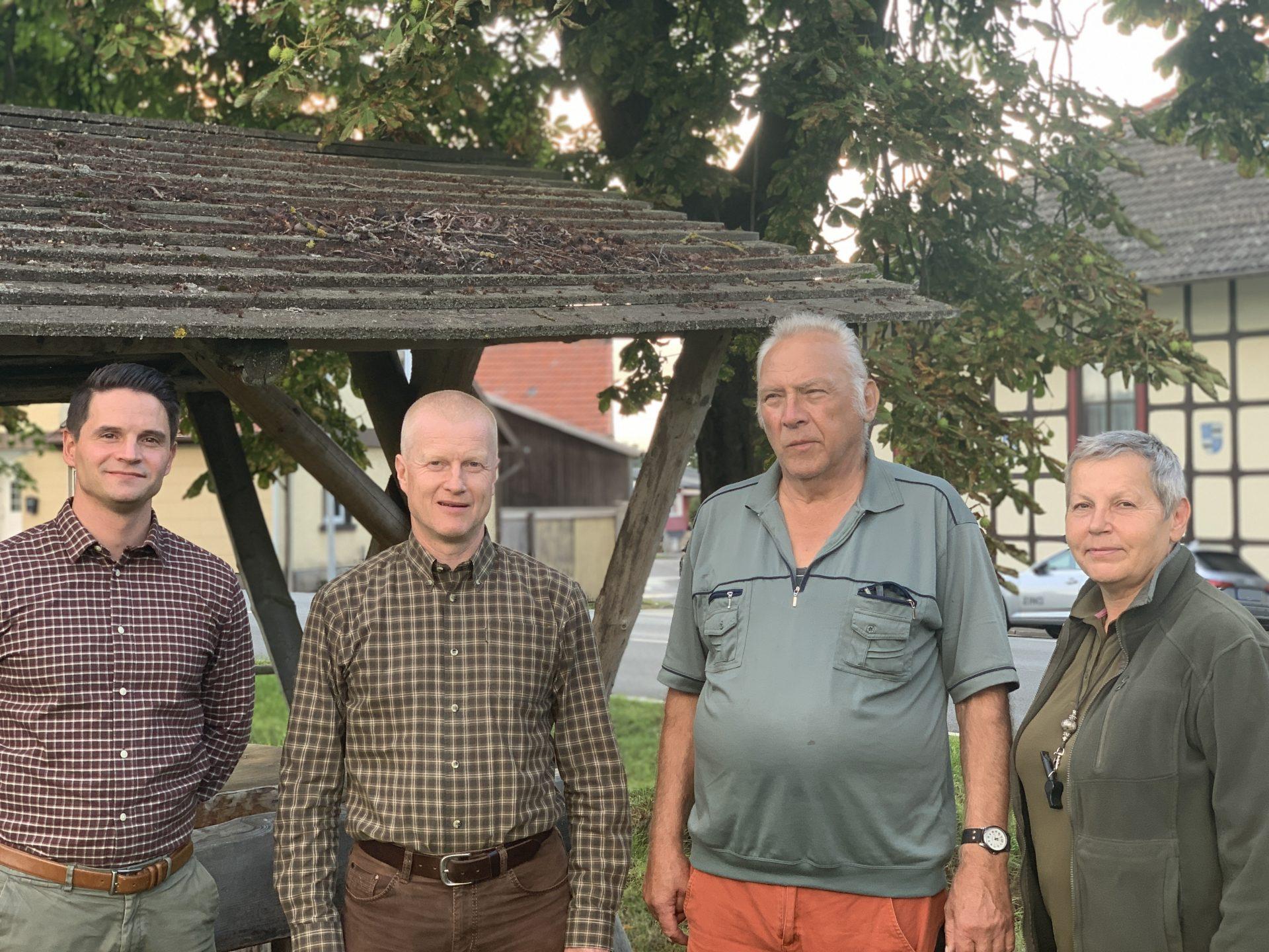 Der neue Vorstand der LG Thüringen / Sachsen besteht aus Hendrik Keiling (Kassenwart), Tim Knoll (Landesobmann), Horst Zimmermann (Zuchtwart) und Kerstin Renner Hein (stellv. Landesobfrau) v.l.n.r